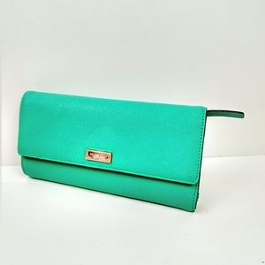 Kate Spade saffiano everyday wallet